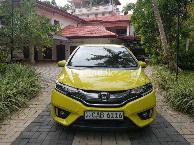 Honda Fit GP5 S GRADE FULLY LOADED 2014